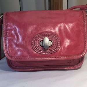 Fossil mini crossbody, pink crackle glaze …